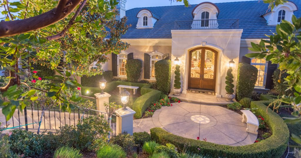94 Queens Garden Drive, Sherwood Country Club, represented by Nicki & Karen Southern California Luxury Real Estate