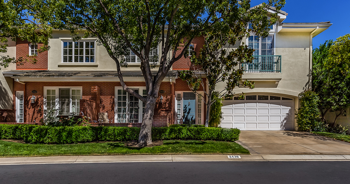 2438 Waldemar Dr in Thousand Oaks