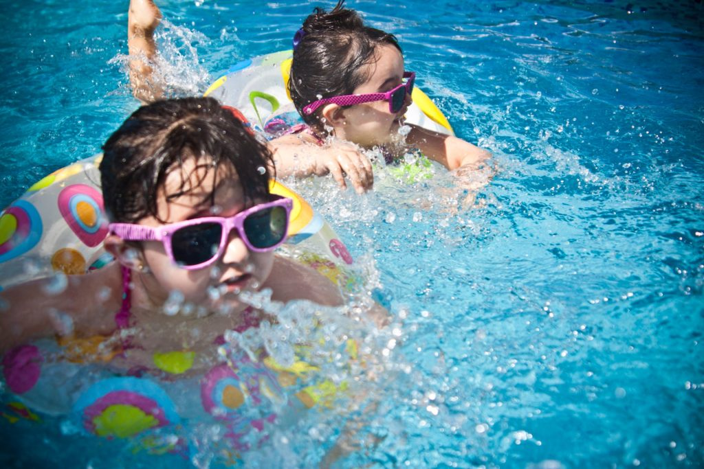 Children swimming at the Calabasas Tennis & Swim Center