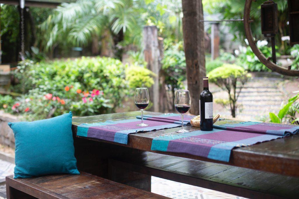 outdoor backyard table