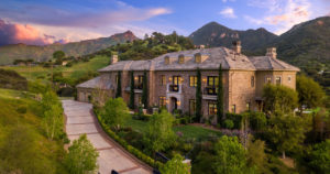 800 Williamsburg Way in Thousand Oaks, CA