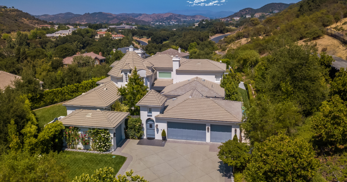 2954 Faringford St in the Sherwood Country Club